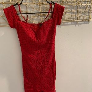 Dresses & Skirts - Sexy off the shoulders red dress
